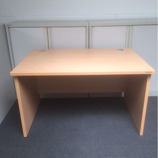 Beech straight desk - 1200 x 800