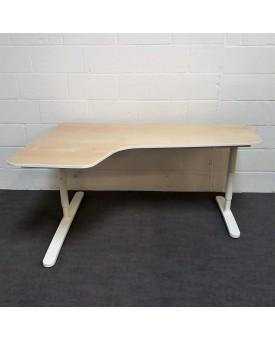 Maple left handed corner desk- 1600 x 1100