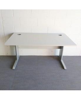 Light grey Straight Desk - 1400 x 800