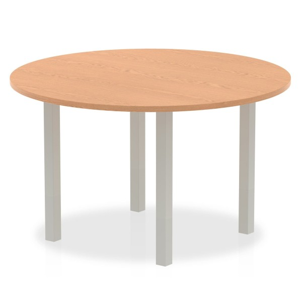 Circular meeting table - 1200mm - Oak
