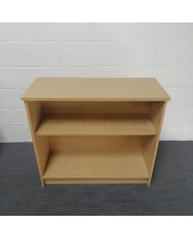 Oak one shelf bookcase