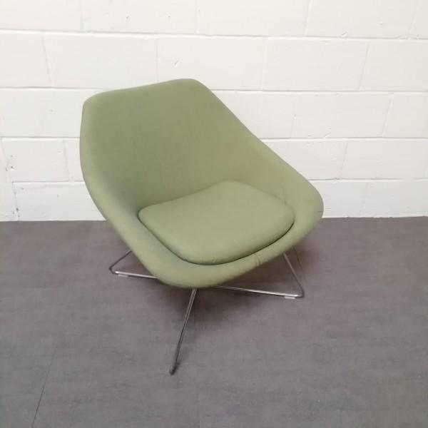 Green reception chair