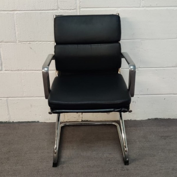 Black leatherette static chair