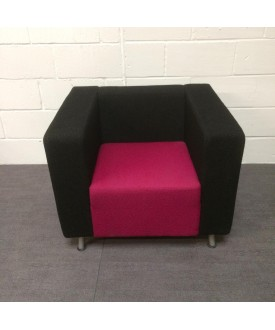 Black and pink reception seat