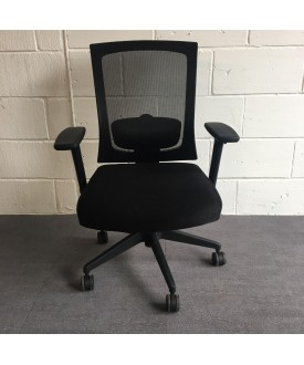 Dynamic Black Mesh Back Task Chair