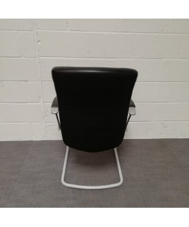 Wagner black static chair