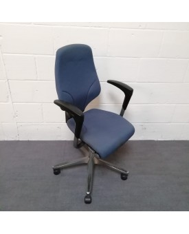 Blue Giroflex Chair Fully loaded