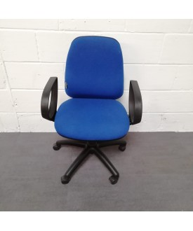 Blue operator chair- fixed arms