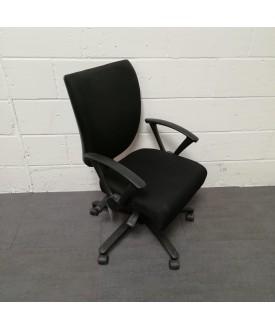 Black Pledge operator chair