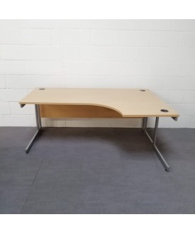 Light beech right handed corner desk - 1800 x 1200