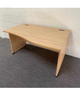 Light beech right handed wave desk- 1400 x 1000 x 800