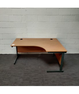 Maple right handed wave desk and pedestal set- 1400 x 800 x 990