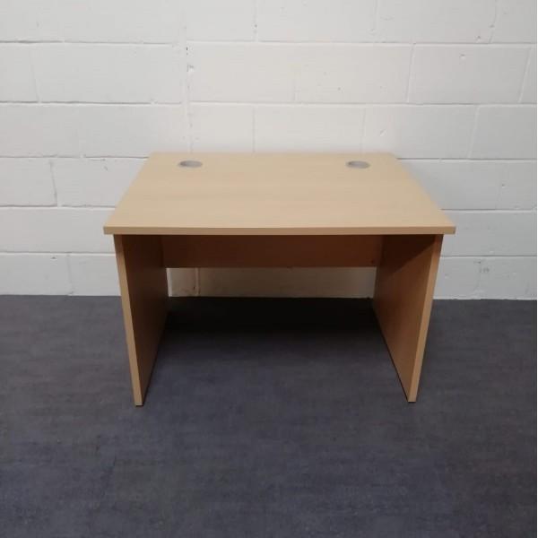 Light beech straight desk - 1000 x 800