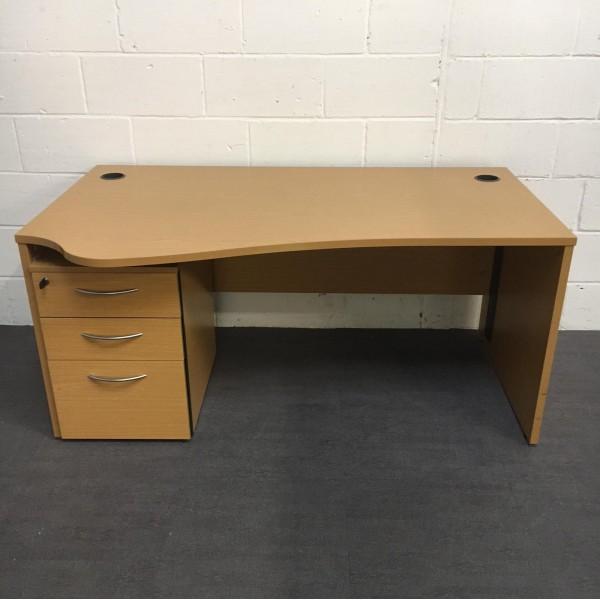 Oak left handed wave desk- 1600 x 970