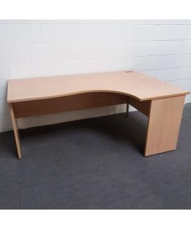 Maple right handed corner desk- 1600 x 1200