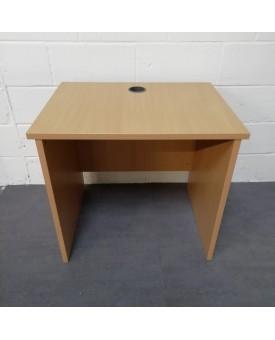 Beech straight desk- 800 x 600