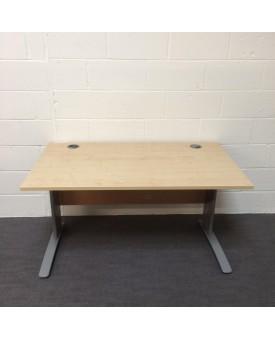 Maple straight desk - 1400 x 80