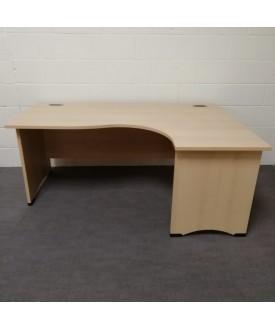 Maple right handed corner desk - 1800 x 1200