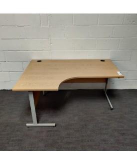 Oak left handed corner desk 1600 x 1200