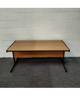 Oak meeting table- 1600 x 800