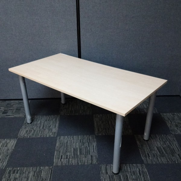 Maple meeting table- 1500 x 800