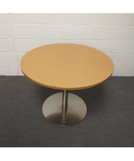 Oak meeting table- 1000 x 730