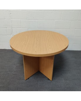 Oak meeting table- 1000 x 740