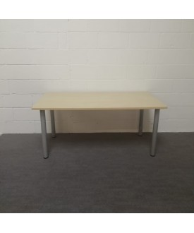 Maple meeting table- 1600 x 800