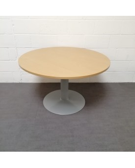 Circular 1200 beech meeting table
