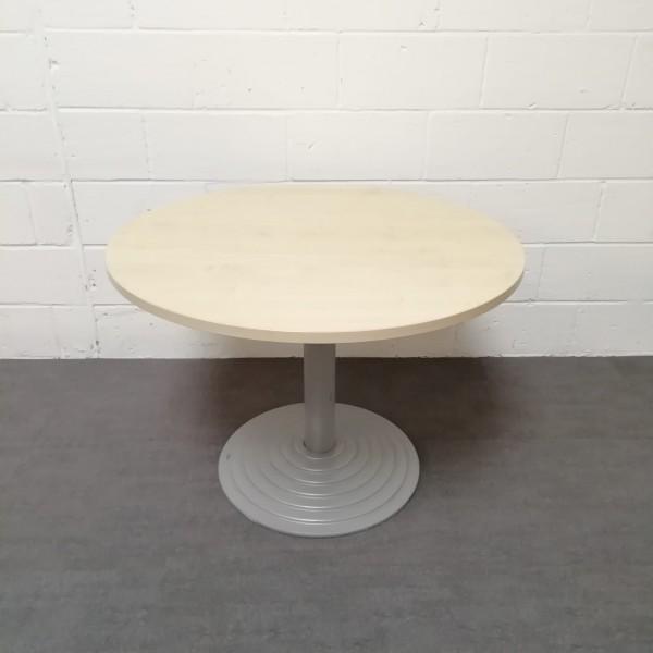 Circular 1000 maple meeting table