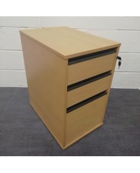 Beech desk high pedestal- 600