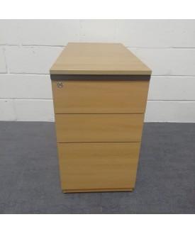 Oak desk high pedestal- 800