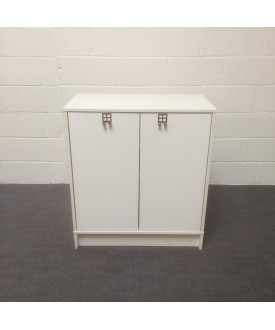 White two shelf cupboard