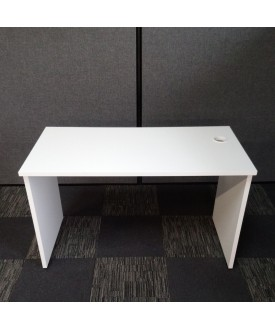 White straight desk -1200 X 600
